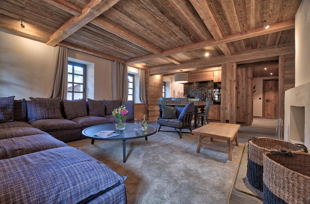 See details MEGEVE Apartment 3 rooms (797 sq ft), 5 bedrooms